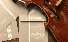 Il set Pirastro Perpetual per violino da Scaramuzza Strumenti Musicali